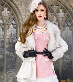 粉红大布娃娃大衣