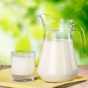 光明鲜奶成长