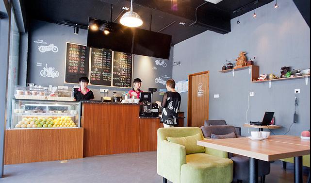 柏納格咖啡環境