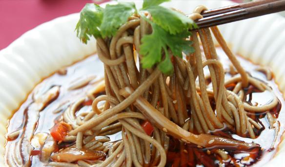 东古来韩国料理面食