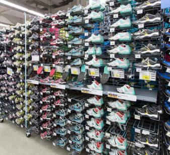 迪卡侬运动超市运动鞋