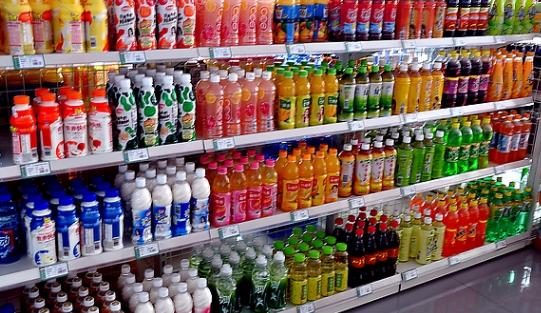 迪卡侬超市饮料区
