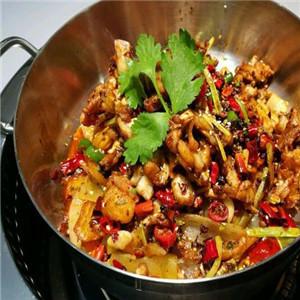 龙灵阁重庆斑鱼火锅香菜