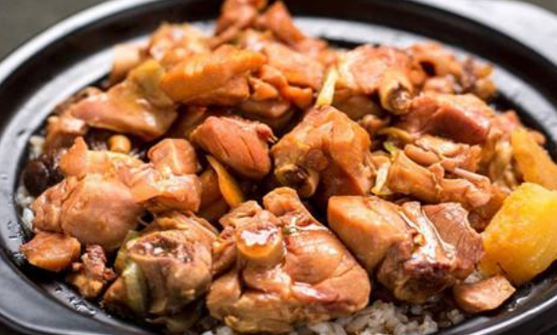 王记黄焖鸡米饭过桥米线