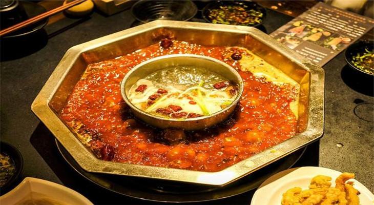 牛鲜馆牛肉火锅重辣