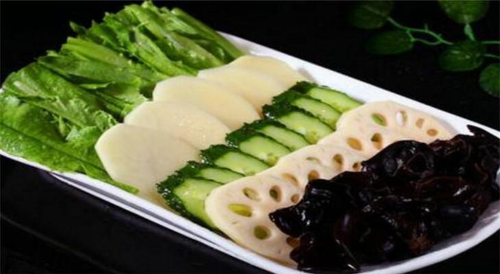 荷泰火锅料理蔬菜