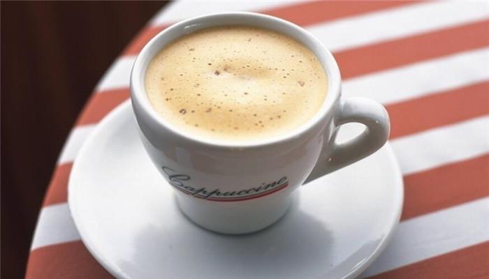 康維鮮奶茶條紋