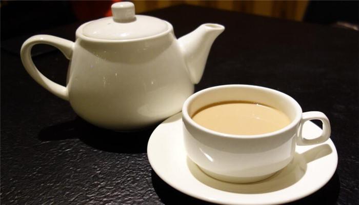 康巴克奶茶工坊白色