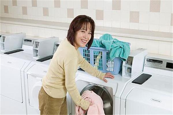 丰洁干洗店洗衣
