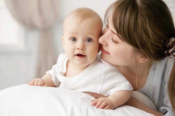馨悦佳人关爱母婴健康