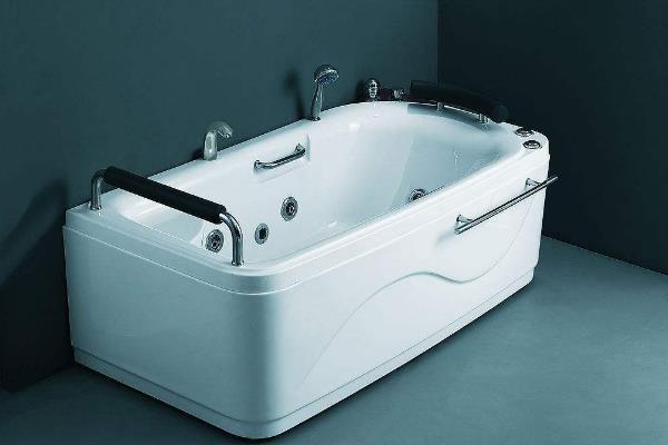 美加华浴缸