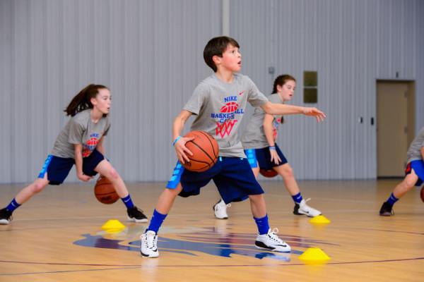 耐克运动营篮球培训