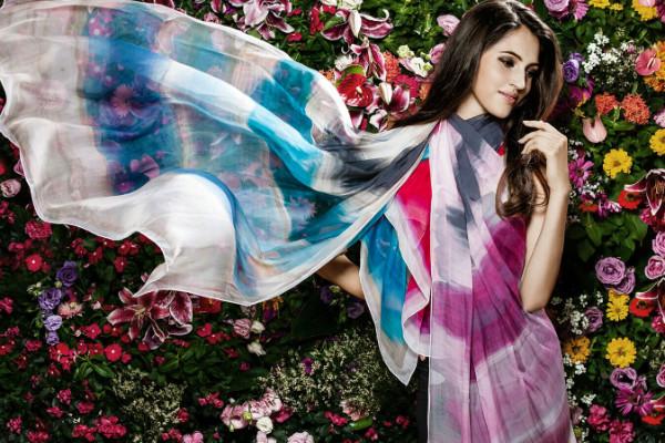 太湖雪丝绸制品展示