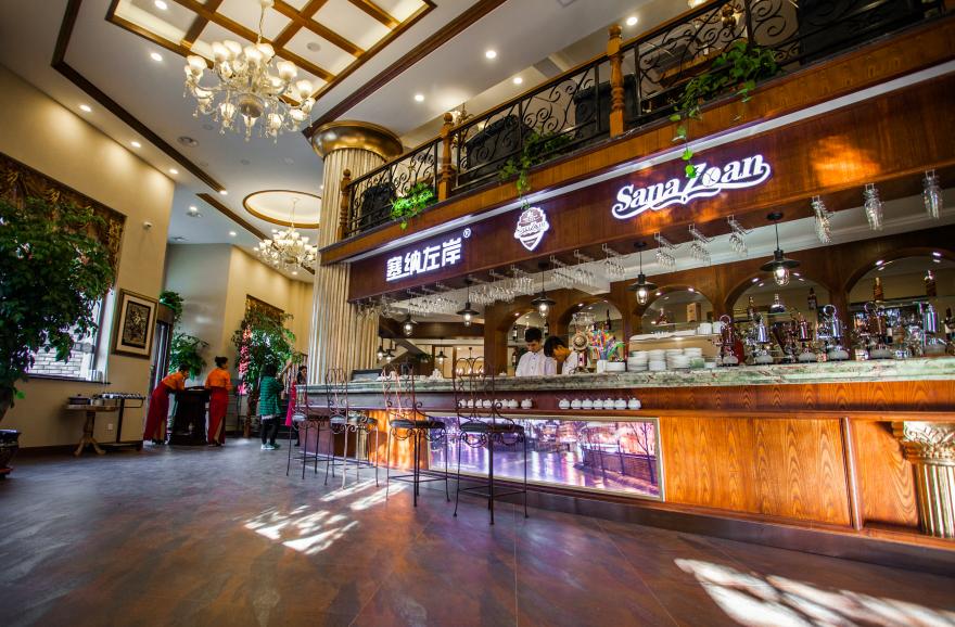 塞纳左岸咖啡店