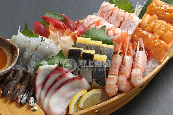 町上寿司寿司船