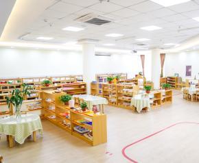 跨世纪幼儿园图书室