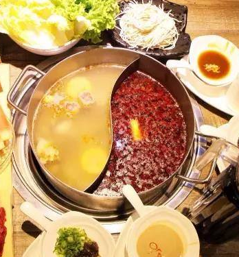 鲜牛记潮汕牛肉火锅加盟