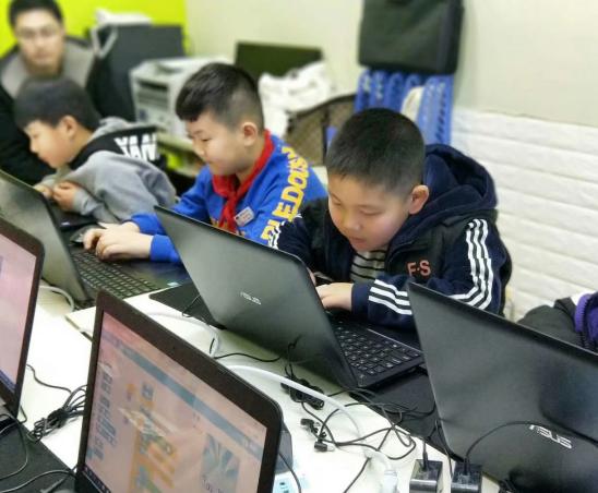HelloCode青少儿学科编程教学合一