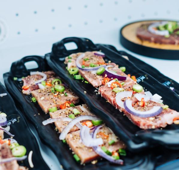 盘聚串串VS烤肉烤肉