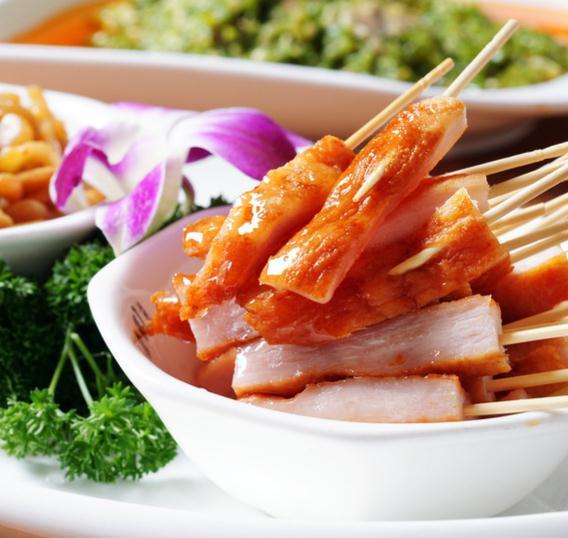 盘聚串串VS烤肉食物
