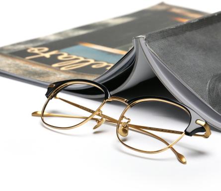 TS柏繽眼鏡設計新穎