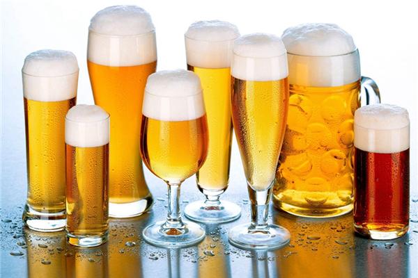 教士啤酒好喝