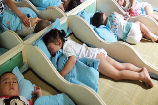 喜棉儿童排汗睡衣舒适