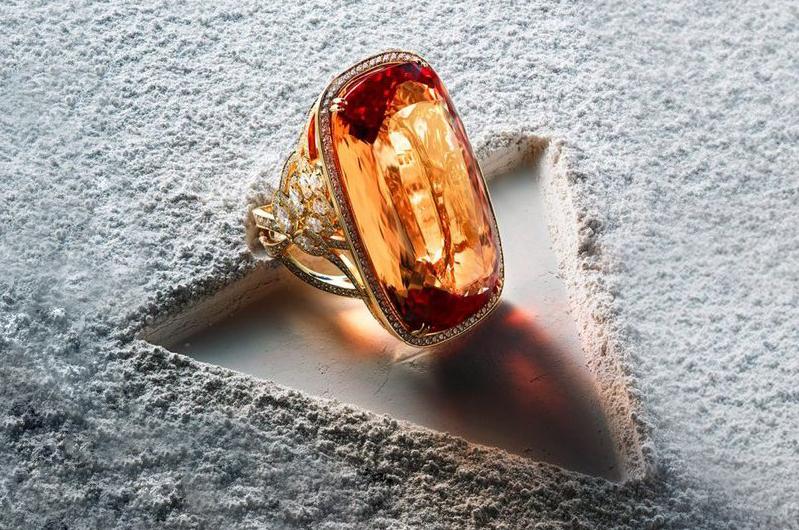 铂晶尔曼珠宝珠宝展示