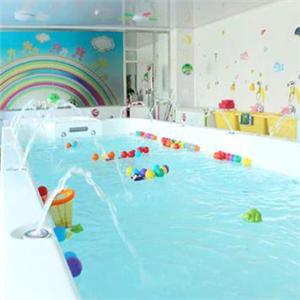 可爱可亲婴儿游泳馆泳池