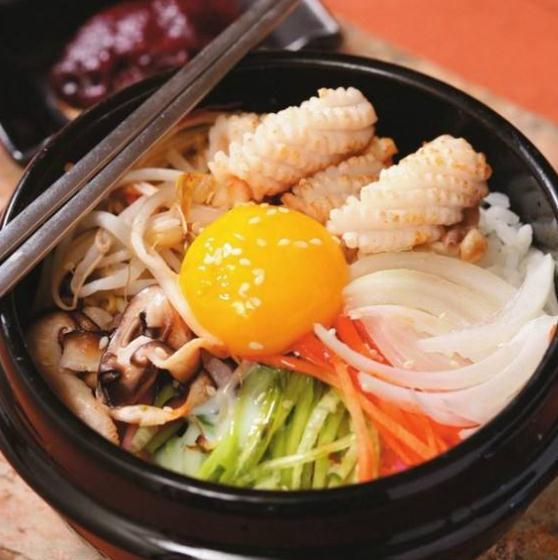 伴小石石锅拌饭产品2