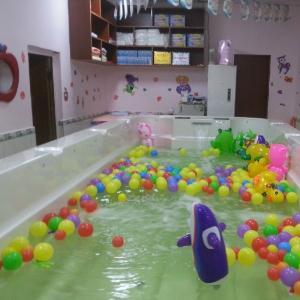 泉貝兒親子游泳中心