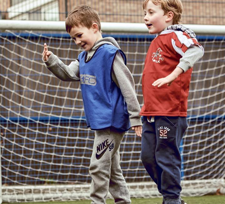 球小星欢动足球学员3
