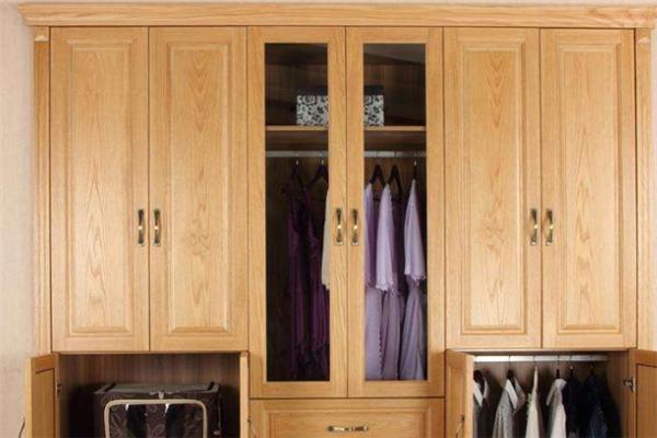 红橡木衣柜家具