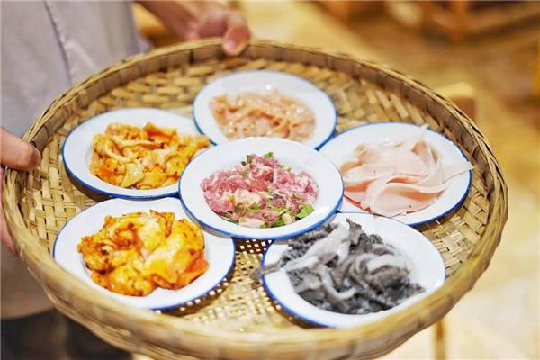 百年渝香老火鍋菜品