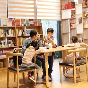 蒲蒲蘭親子閱讀館