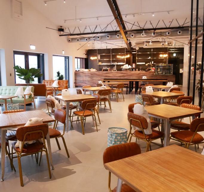 POLAR-CAFE咖啡店内
