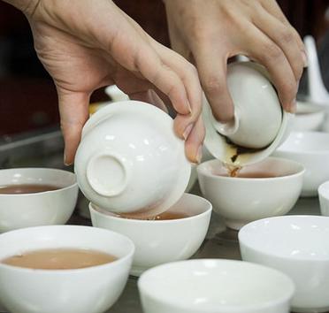 创名茶楼制备过程