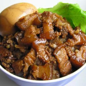 谷膳闽味台湾卤肉饭很好