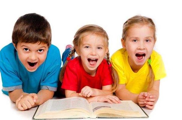 右脑识字3个学生