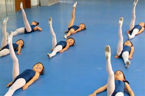 杨每红艺术教育舞蹈