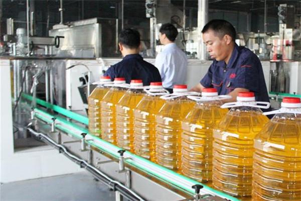 程雄平價糧油生產