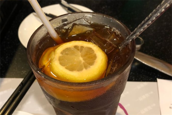 一品奶茶柠檬水