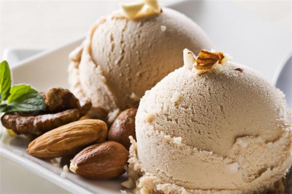咔澳菲冰淇淋坚果冰淇淋