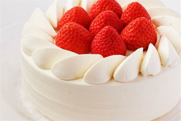 卡顿尔蛋糕草莓