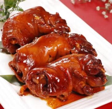 王洛紅燒豬蹄