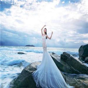 视觉婚纱摄影举手