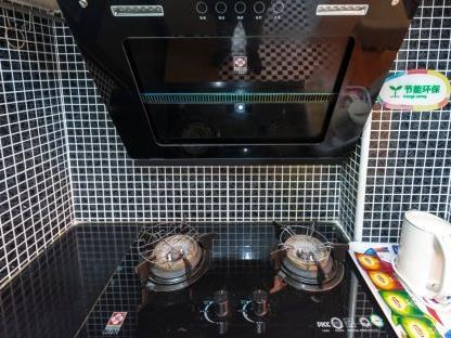 斑斓家民宿厨房