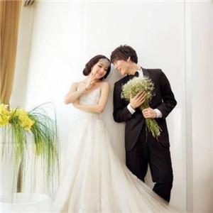 龙摄影国际婚纱连锁集团照片一