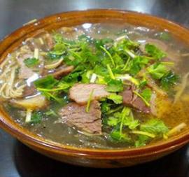 六大将牛肉汤粉丝汤