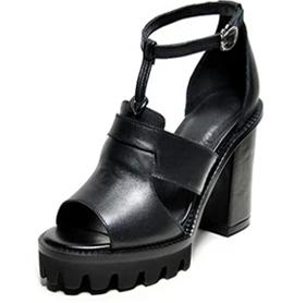 卡芙琳女鞋黑